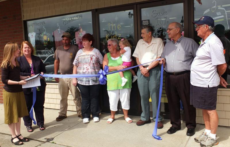 Superior Wiscasset Officials Welcome Kidz Closet ...