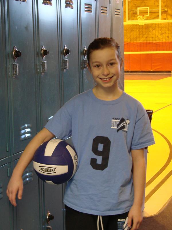 Wiscasset girl digs (for) volleyball | Wiscasset Newspaper