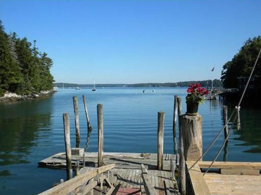 Boothbay Lobster Pound Available Through Newcastle Realty