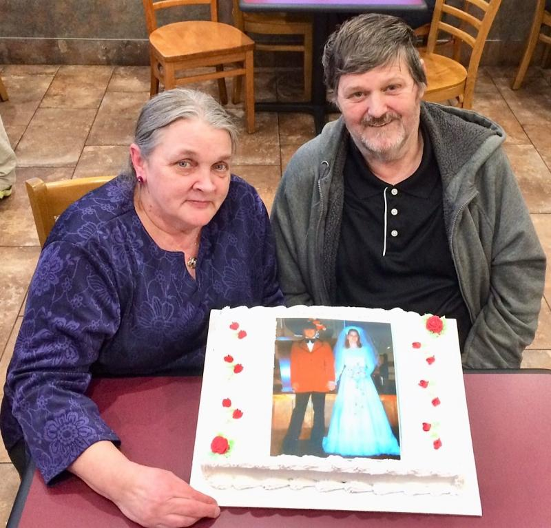 Pinkhams celebrate 40th wedding anniversary