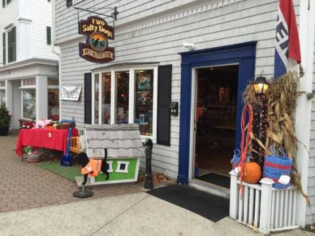 Two Salty Dogs Pet Outfitters Boothbay Harbor Maine storefront