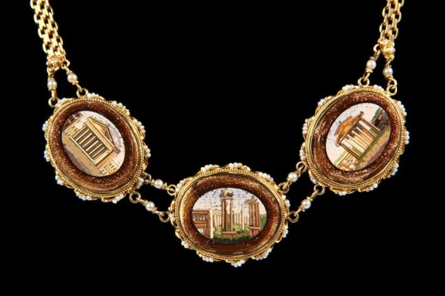 Italian 14K gold mesh necklace with 3 micromosaic scenes of Roman ruins