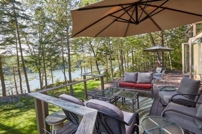 Young's Road, Wiscasset, Maine, Waterfront, Deck, Water View