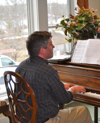 The Lincoln Home Assisted Living Newcastle Maine Sean Flemming Piano concert free